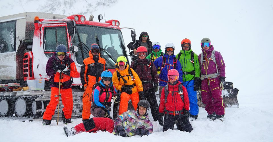 Cat-Skiing-The-Group
